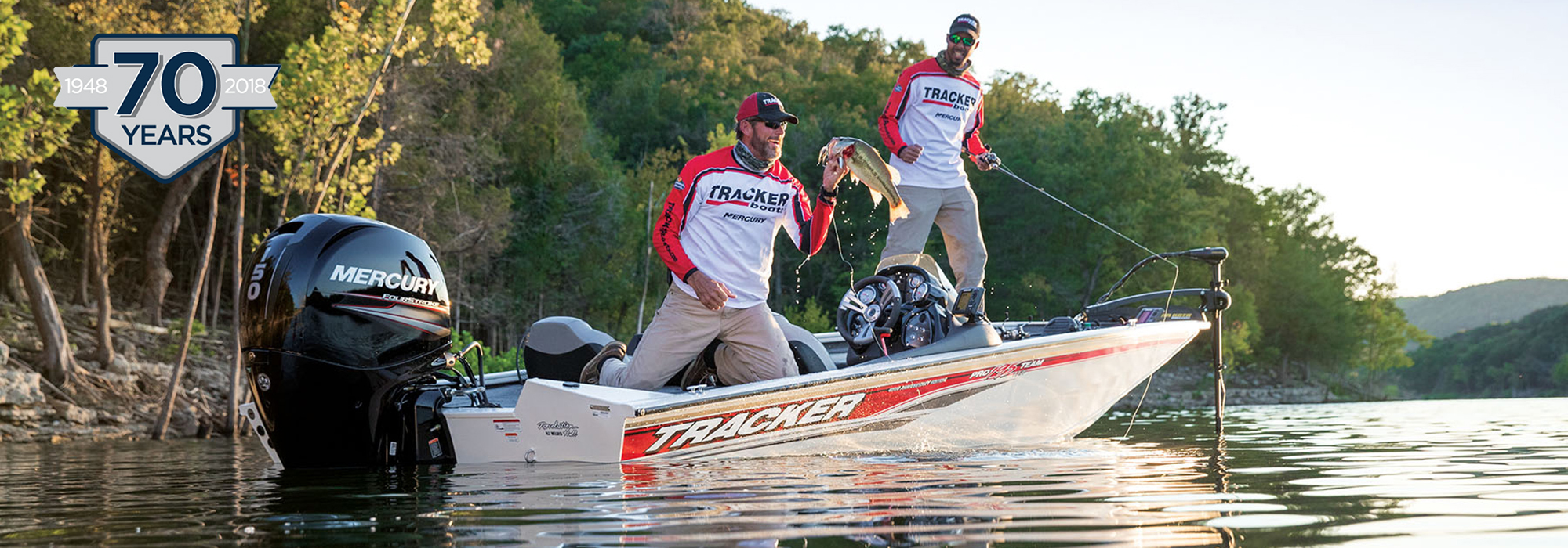 Tracker Bass Pro Team 195